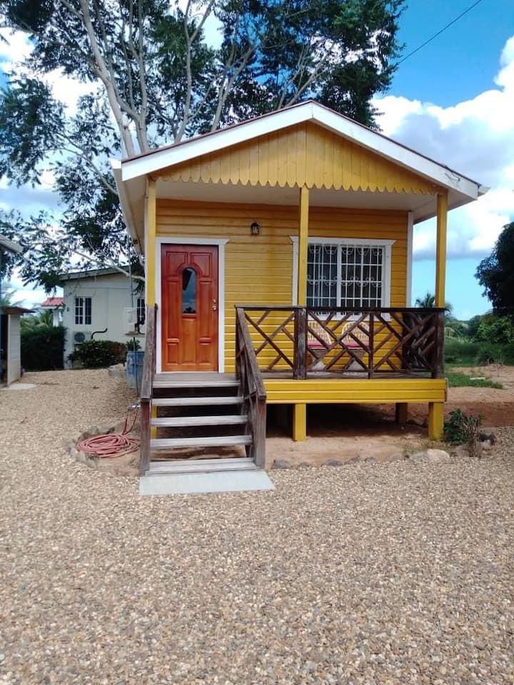 Cute Cabana in the Belizean Breeze
