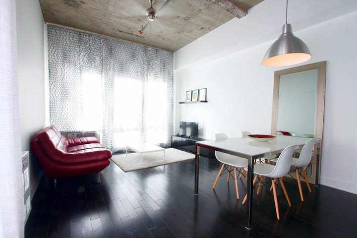 ★ Garage | Pool | Gym | Spotless ★ - Montréal - Appartement