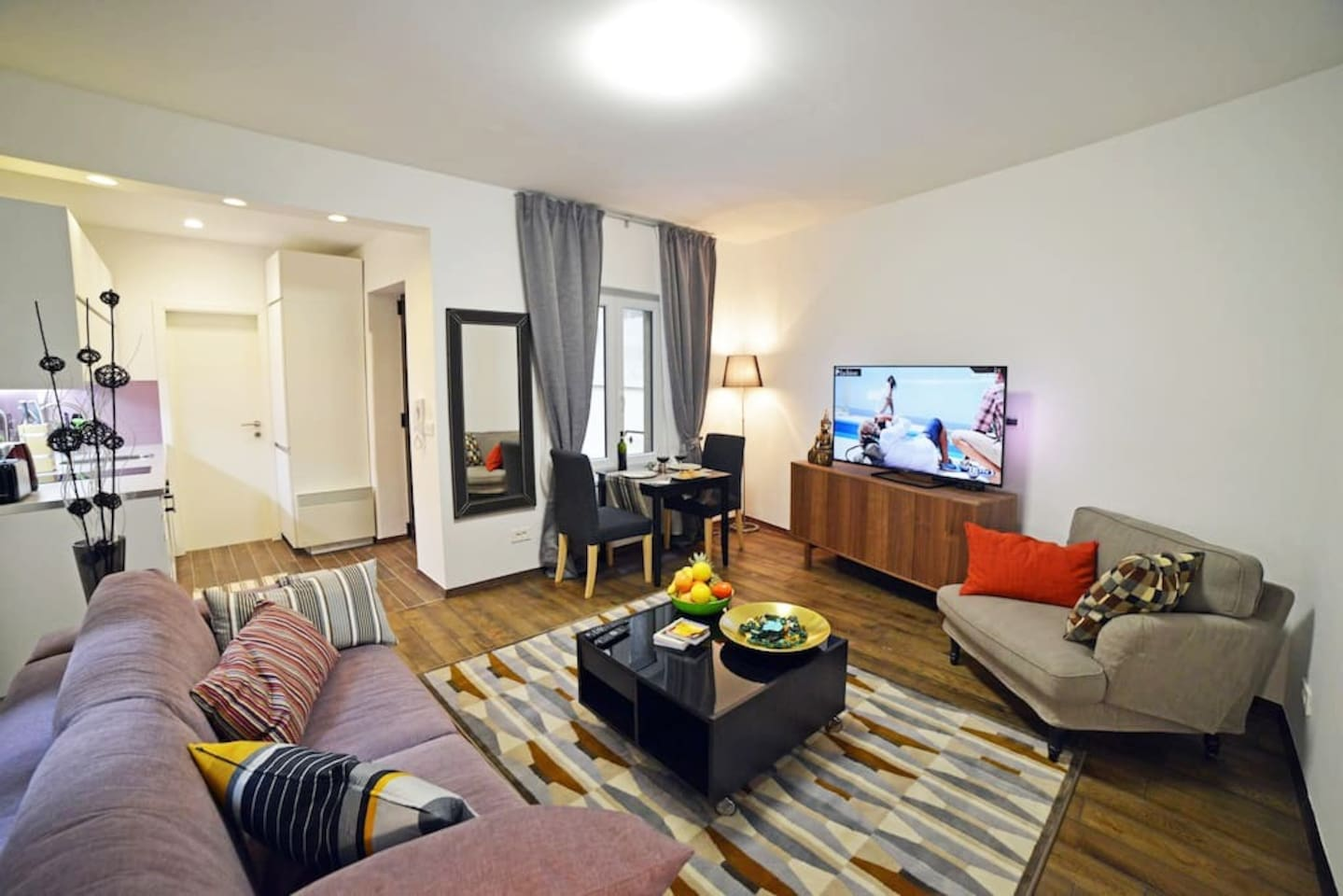 Cosy living room - After all day sightseeing relax in comfort of home outside of your home :)