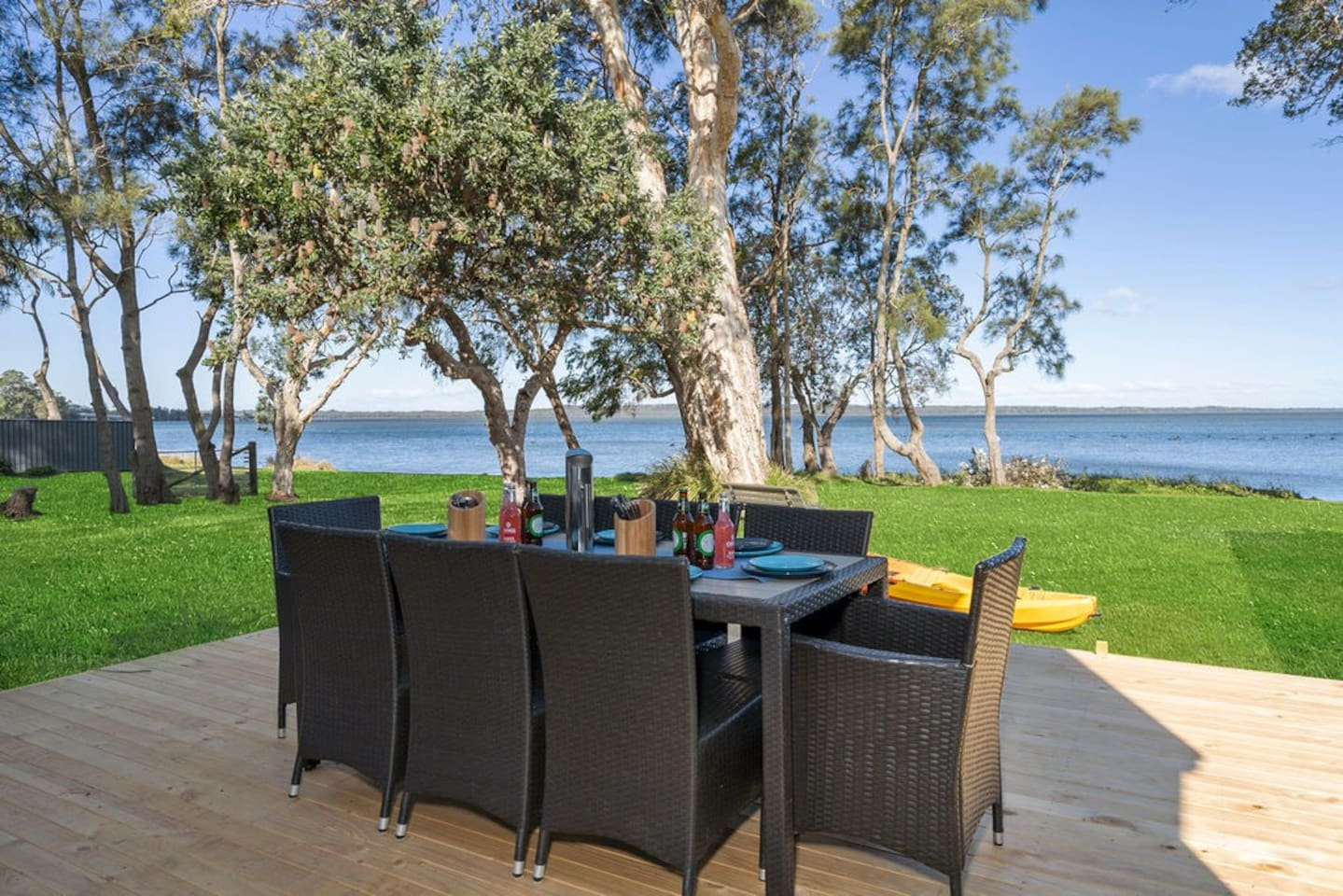 Can you think of a better spot to enjoy your BBQ with a few drinks?