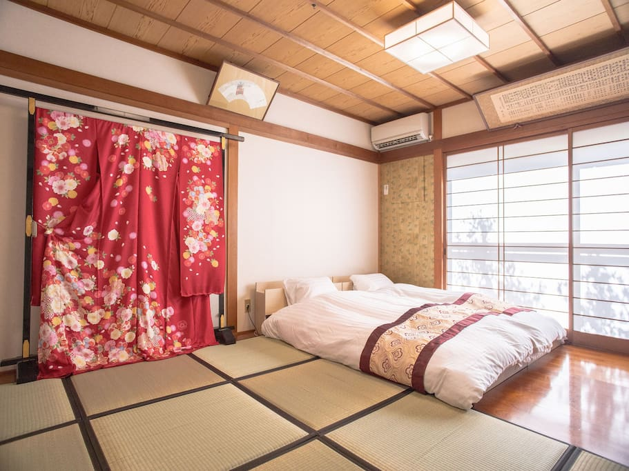 """This facility has a hotel business license from Kyoto city.  Japanese style room decorated with traditional Kimono. Traditional Japanese style room with Garden View .Kyoto Shijo Area.There are famous nearby tourist attractions, Yasaka Shrine, Nijo castle, Heian Shrine, Kiyomizu Temple, Kodaiji temple, Nanzenji, Eikan temple, Toji temple, Fushimi-Inari Taisha shrine, Tofukuji temple, Nishi Honganji temple.Cherry blossoms will bloom from late March to early April. There are many sakura sights.There are plenty of restaurants and convenience stores near the facilities.The facility is near from Kyoto station.The Gion Festival is a long festival at Yasaka Shrine, which takes place over the course of a month from July 1st in a summer tradition of Kyoto. July 14th - 16th of the pre-festival is """"Yamahoko"""" is the most enjoyable period.At the Gion Festival """"Yamahoko"""" will be set up in front of the facility."""