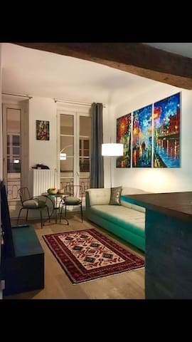 Flat in heart of Paris Montorgueil