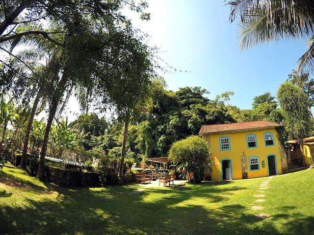 Casa Viva: Suíte 03 em linda Pousada & Bistrô