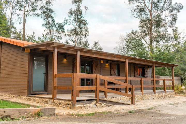 Caima EcoResort | Plum Tree Woodhouse | Ameixeira
