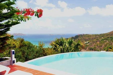 Villa WV REL - Delightful hillside family villa, offering beautiful views of the ocean and surrounding landscape - Saint-Barthélemy