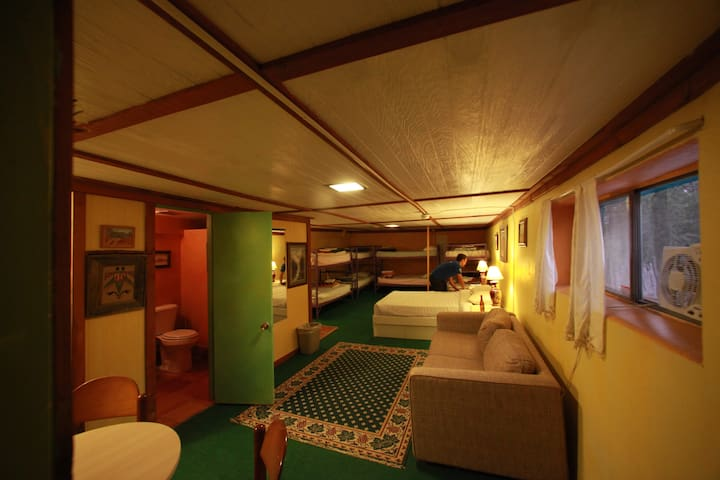 SnowMansion Lodge Family Rooms - Arroyo Seco - Hotel boutique