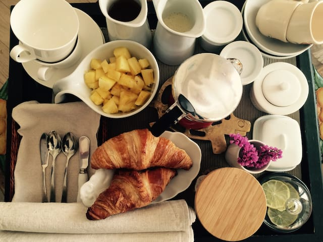 Authentique Bed & Breakfast - Ixelles - Bed & Breakfast