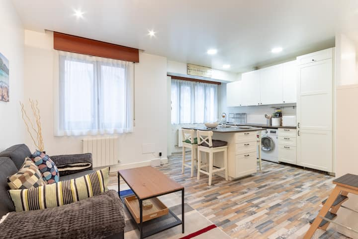 GRAN BILBAO VI apartment by Aston Rentals