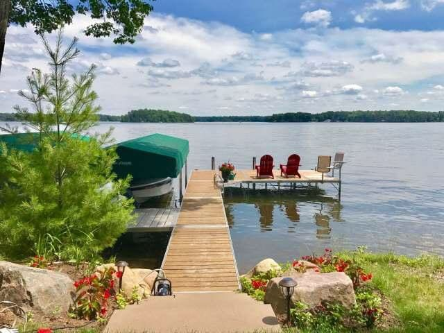 Private Lake Minocqua cabin, recently remodeled and brand new furnishings!
