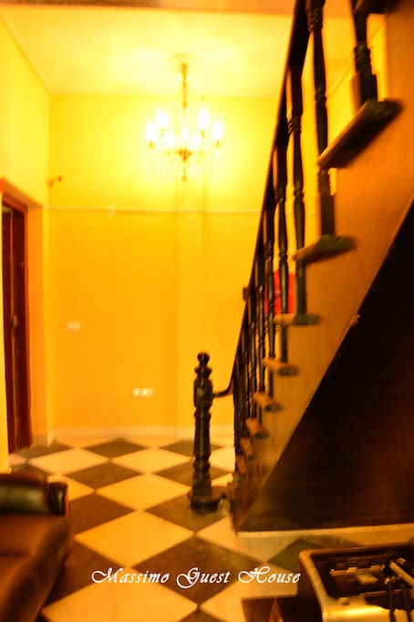 Staircase leading to Sandi Botticelli Room - Massimo Guest House
