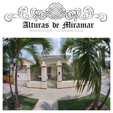 "H3  Alturas De Miramar""Hotel Boutique"""