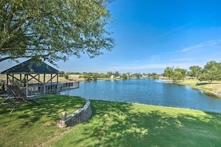 Lovely Celina Home w/ Patio & Views on Lake!