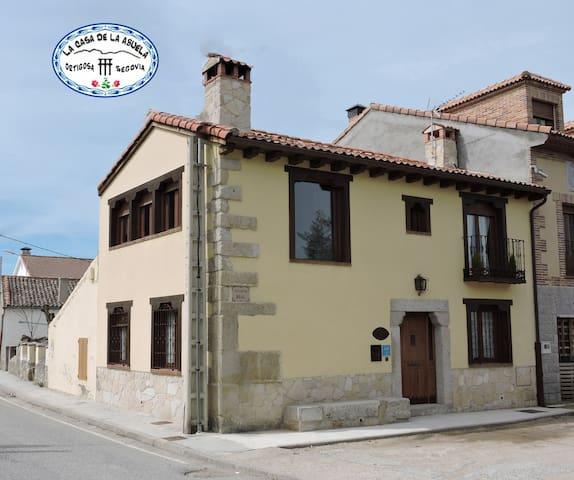 la casa de la abuela de Ortigosa