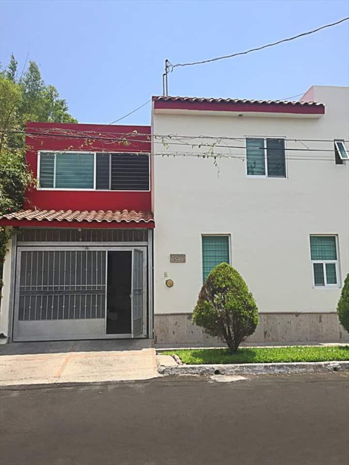 Habitación Privada e Independiente