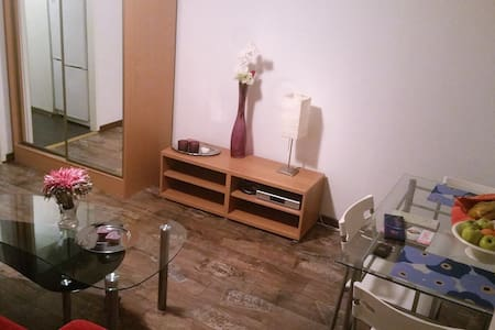 2 rooms & terrace, 4 pers, quick link to downtown! - Turku