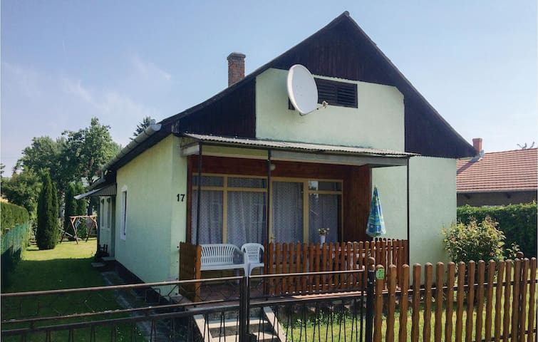 Holiday cottage with 2 bedrooms on 52m² in Balatonmáriafürdö
