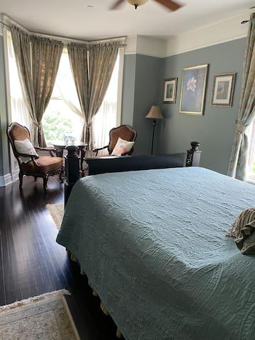 Magnolia Suite with private bath
