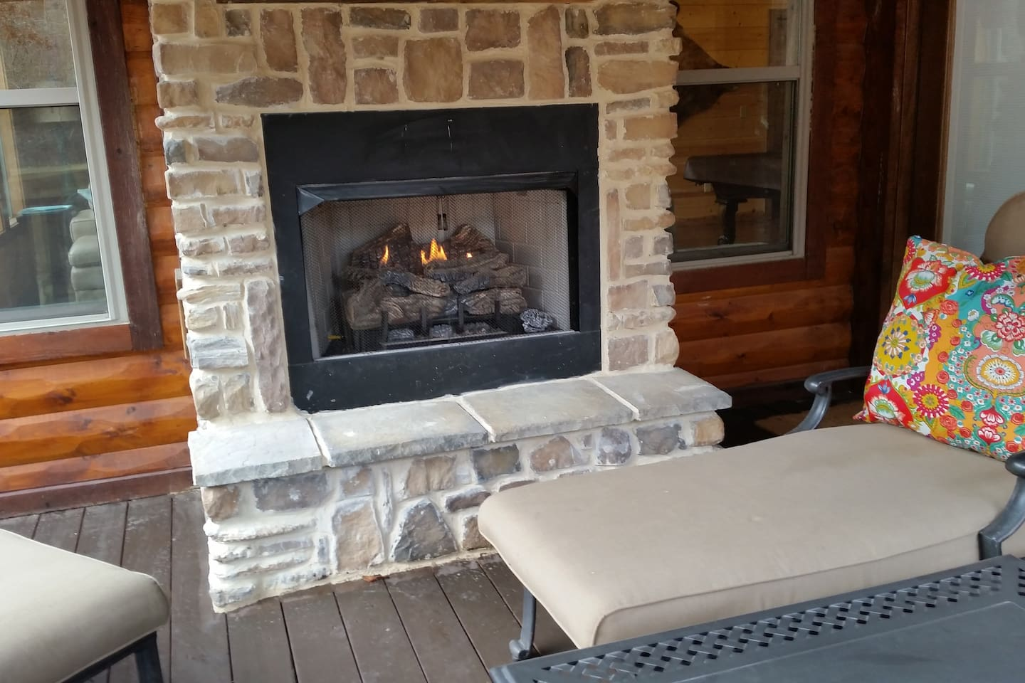 creekside tango cabin 3 br 3bth tub cabins for rent in