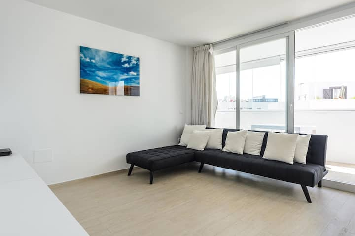 Brand new apartment in Marina Botafoch
