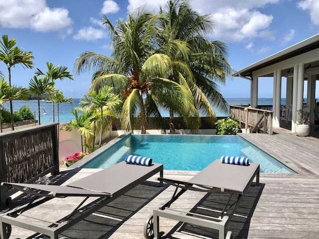 Villa de rêve en Martinique, piscine + accès plage