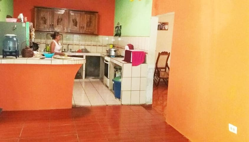 LA CASITA BACKPACKERS CHINANDEGA