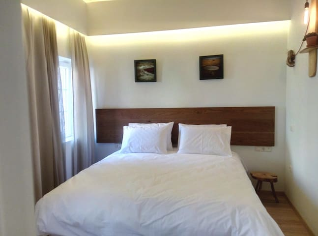 kerkira singles - entire home/flat for £54 fully renovated 1-bedroom maisonette ( 2-single beds) that accommodate up to 3 guestsan extra bed can be set as requested either to the bedroom.