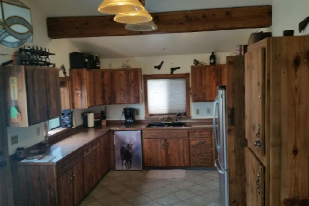 Great Kitchen! Barn wood and copper