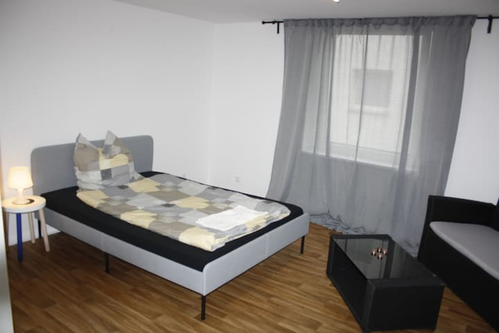 ★ CENTRAL CITY ROOM ★ directly in Altstadt │Nr. 03