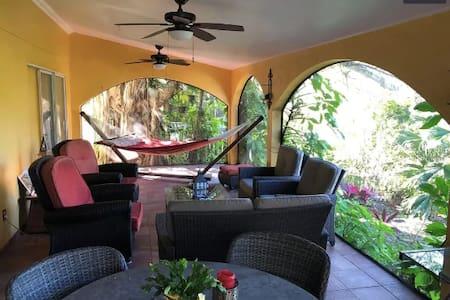 Near Beach - Clearwater Largo Area - Room 1