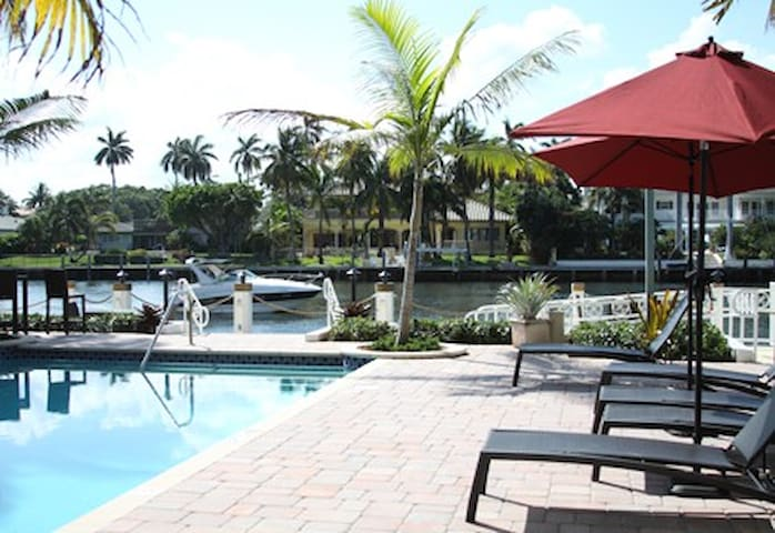Amazing Water Views!! Right from your Room! - Boca Raton - 公寓