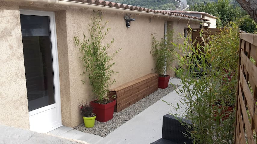 Casa Petra - Corte - Rumah