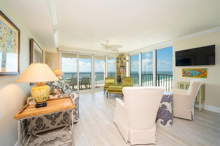 Wind Drift 712SW-Newly Renovated Beach Front Condo 3Bed/3Bath