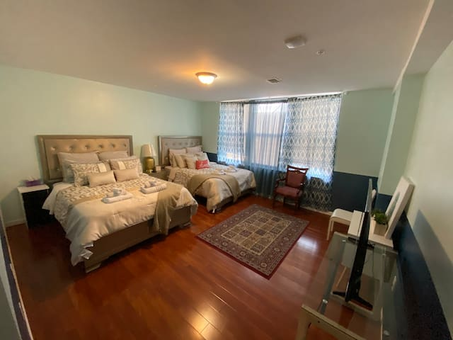 Y-beautiful apt near R..Terminal market 41