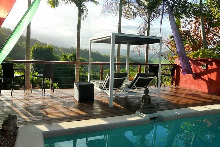 Mai Tai Resort - Deluxe Room