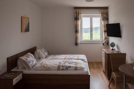 Doppelzimmer Langs Wirtshaus - Pehersdorf - Penzion (B&B)
