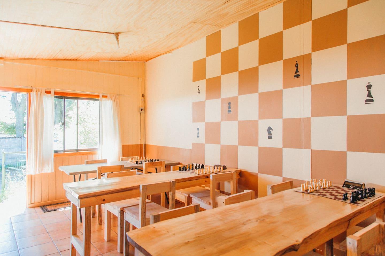 Cama En Habitaci N Compartida Casa Ajedrez Houses For Rent In  # Muebles Pucon Pino Oregon