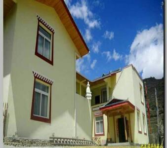 九寨丹珠藏居,