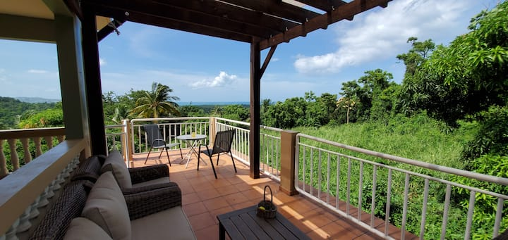 Casa Coqui, Mountain side retreat