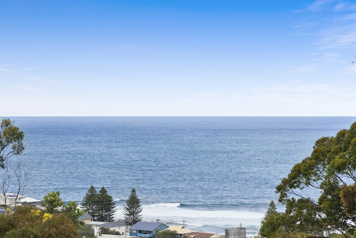 New with a View - modern home, walk to beach