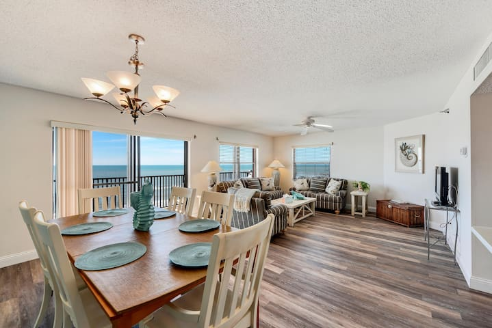 Emerald Isle 603 3 Bed/ 2 Bath TOP FLOOR with AMAZING GULF VIEWS!!!