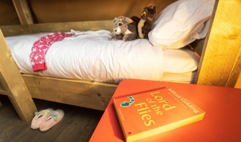 NEW ! 2 Bed Safari Tent Near Bude Cornwall