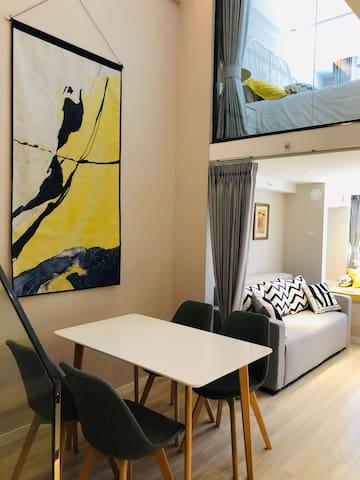 全新Loft公寓 紧邻地铁 简约时尚 舒适温馨 地处商圈 生活便利 旅游商务首选