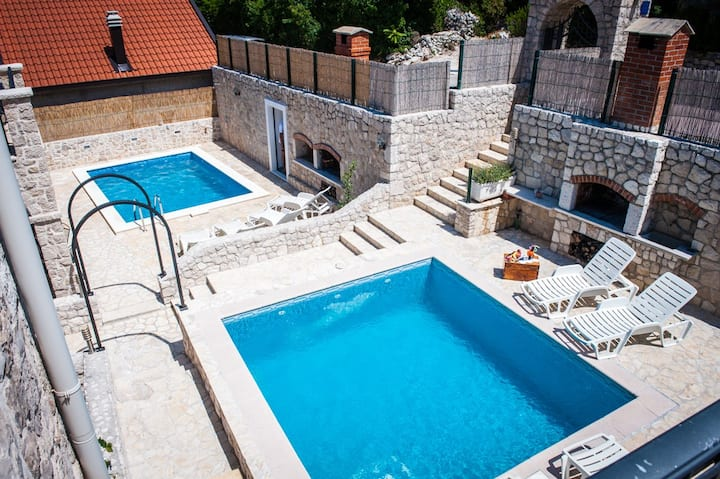 Charming stone Villas with 2 pools