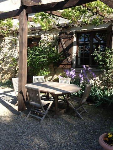 Gite en pleine nature pour 4 à 6 personnes - Le Mas-d'Azil - Haus