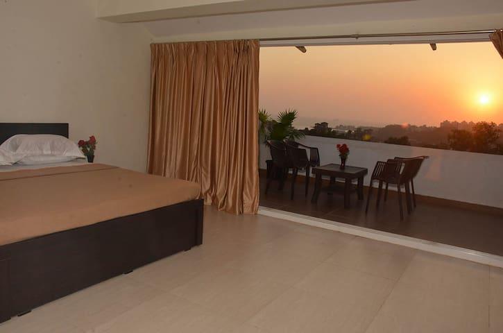 Luxurious 2 BHK Apartments at Dona Paula - Dona Paula - Daire