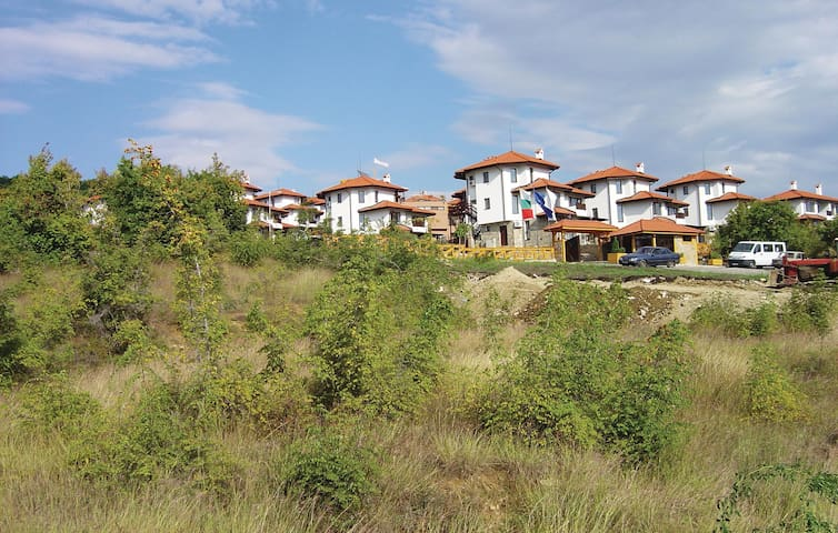 Holiday apartment with 1 bedroom on 52 m² in Kosharitsa Village