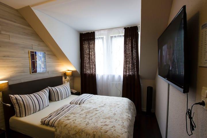Suite mit 2 Schlafzimmer im Hotel*** mit Frühstück