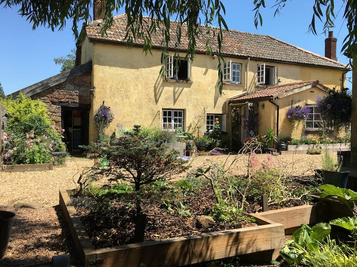 Character Cottage with own Private Garden