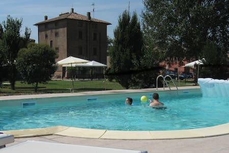 Studio apartment E3 (Giuseppe) 5 min from Ferrara - Provincia di Ferrara