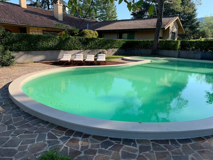 Villa on the hills with park and swimming pool